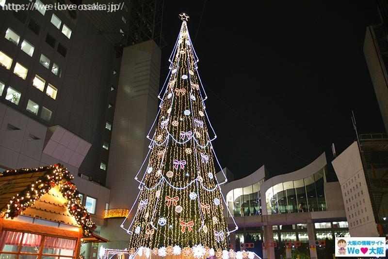梅田スカイビル クリスマスツリー