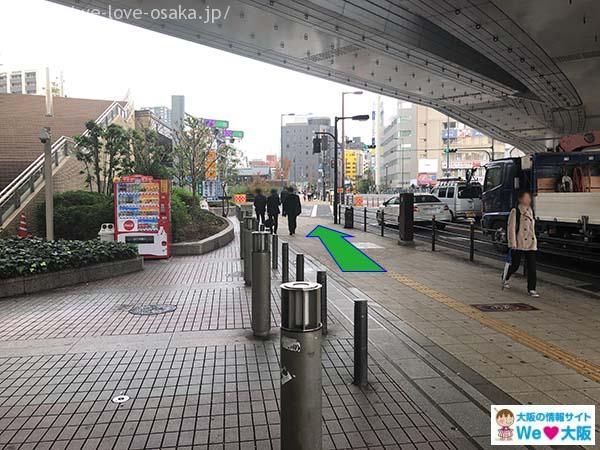 アクセスJR難波駅 湊町リバープレイス通路③