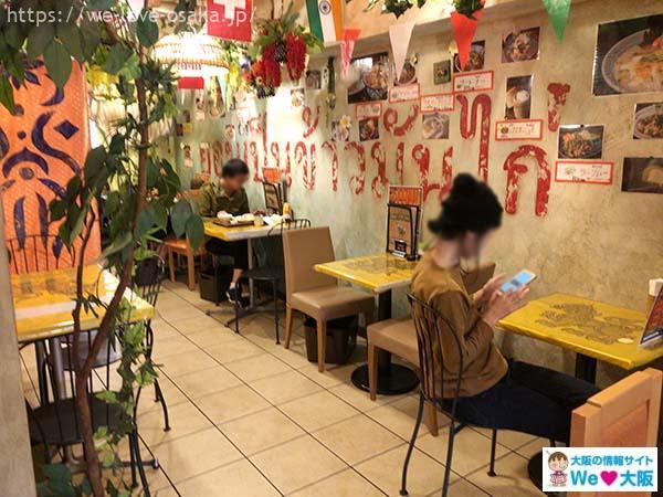大阪カオマンガイカフェ店内