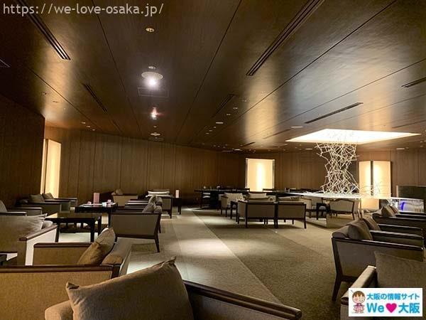 ANAクラウンプラザホテル大阪ラウンジ店内